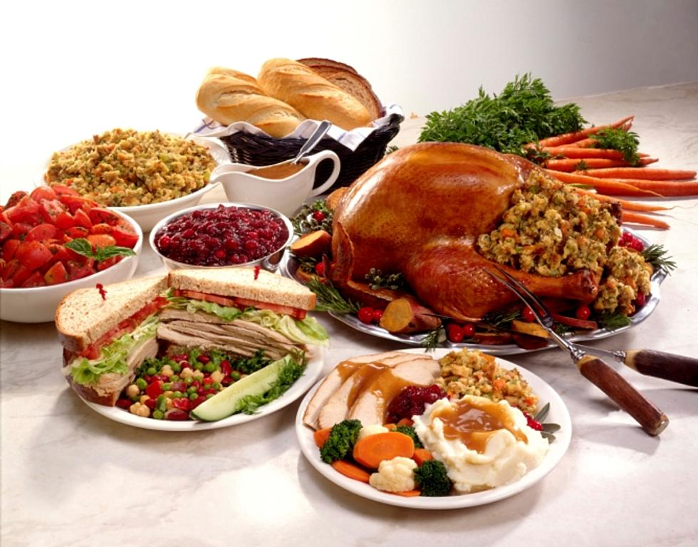 Take Part in the 14th Annual HEB Feast of Sharing Holiday Dinner